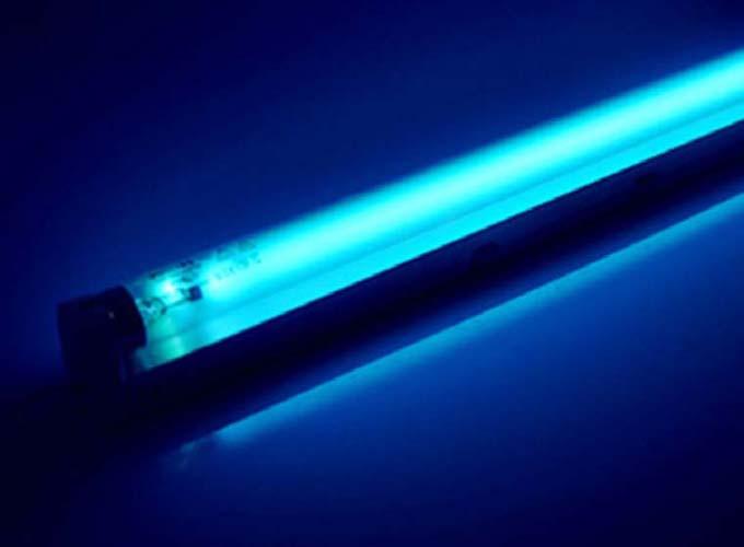 清洁紫外线灯时,请切断电源